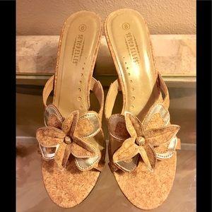 New Seychelles platform heel sandal sz